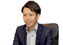 株式会社 Scene Live 代表取締役社長  磯村 亮典
