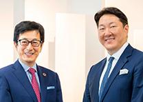 アチーブメントグループ 最高経営責任者(CEO) 青木 仁志 / 南青山グループ CEO 仙石 実