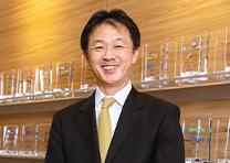 株式会社ストライク 代表取締役社長 荒井 邦彦