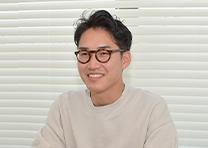 ゼイリブ株式会社 代表取締役 辻󠄀本 侑平